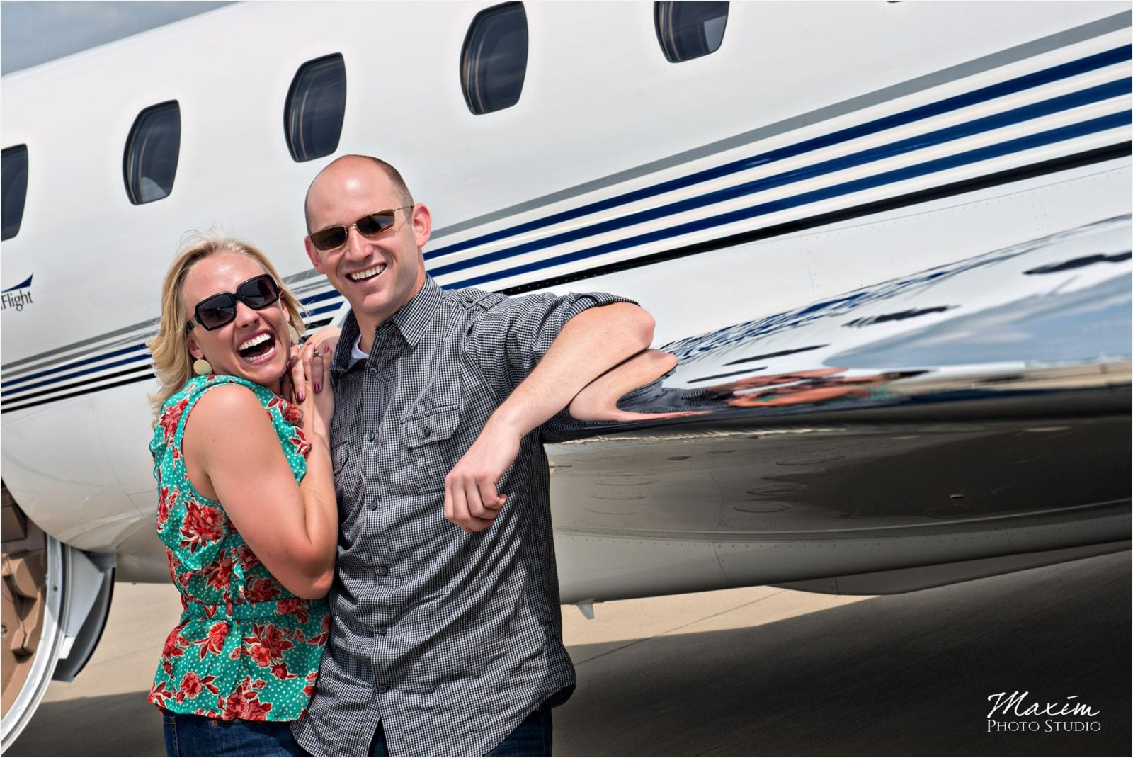 Lunken Airport Cincinnati Wedding Photographer Engagement