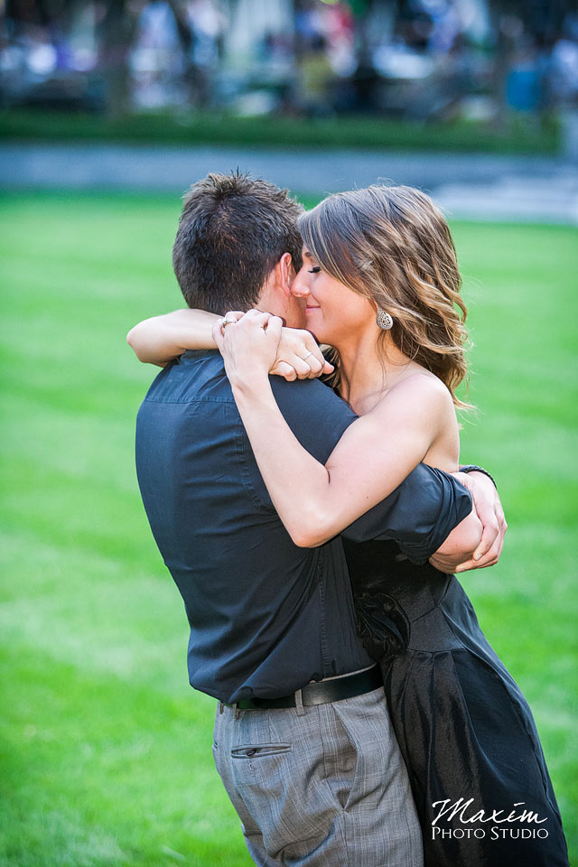 Intimate Cincinnati Wedding Engagement