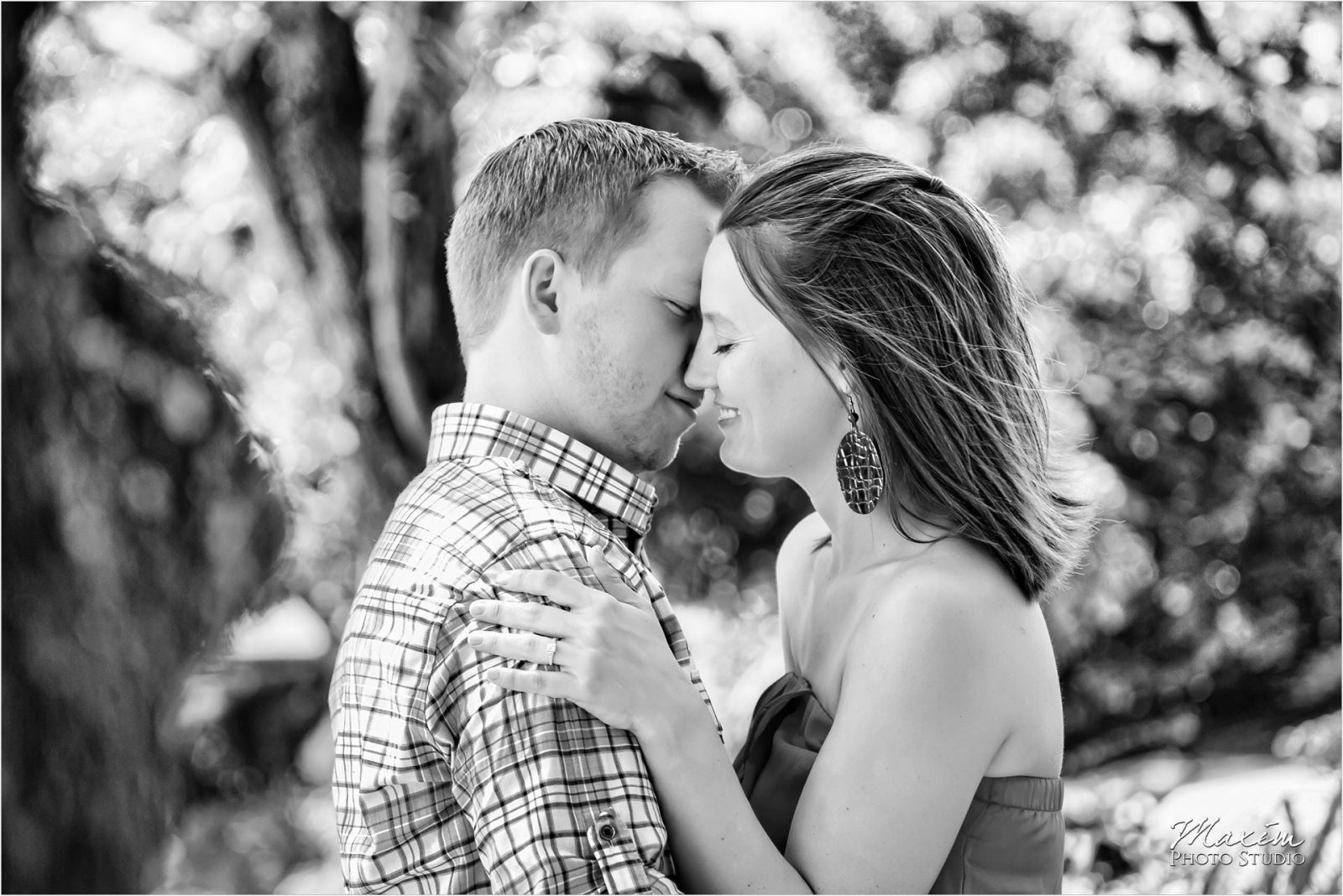 Ault Park Cincinnati Summer Engagement