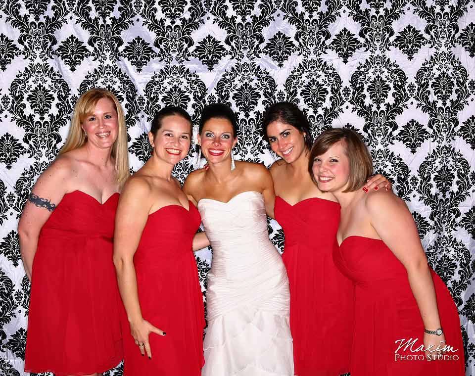 cincinnati wedding reception live photo booth