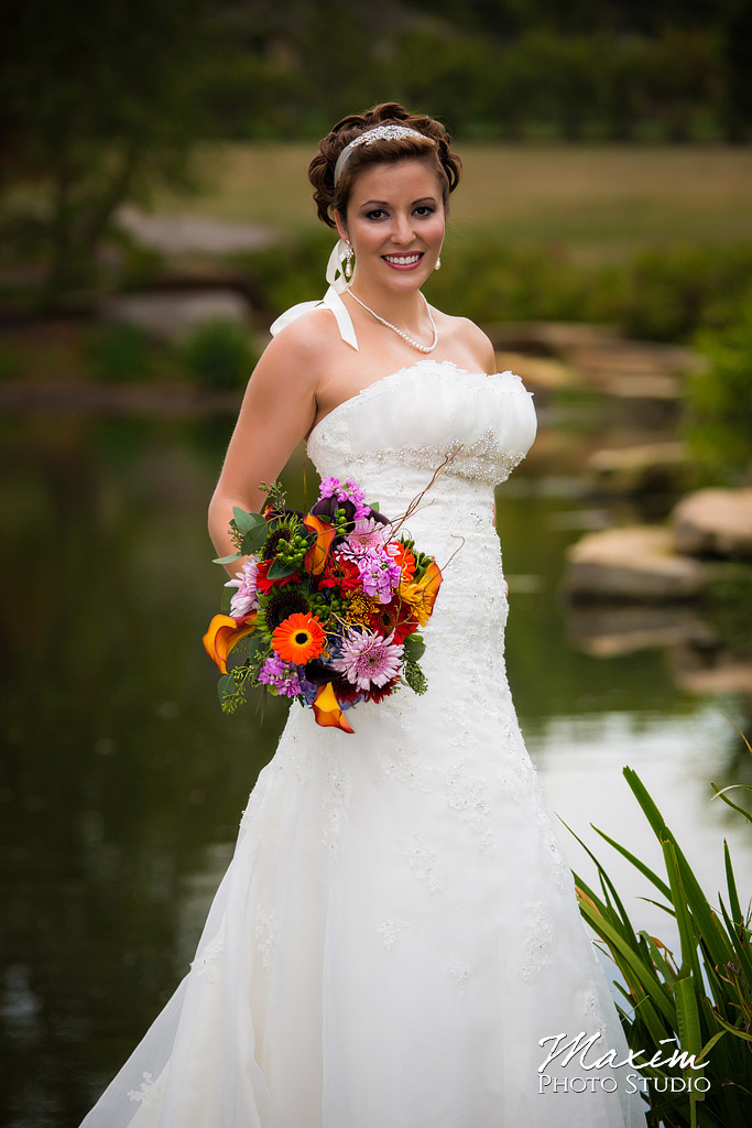 Bride Cox Arboretum Wedding