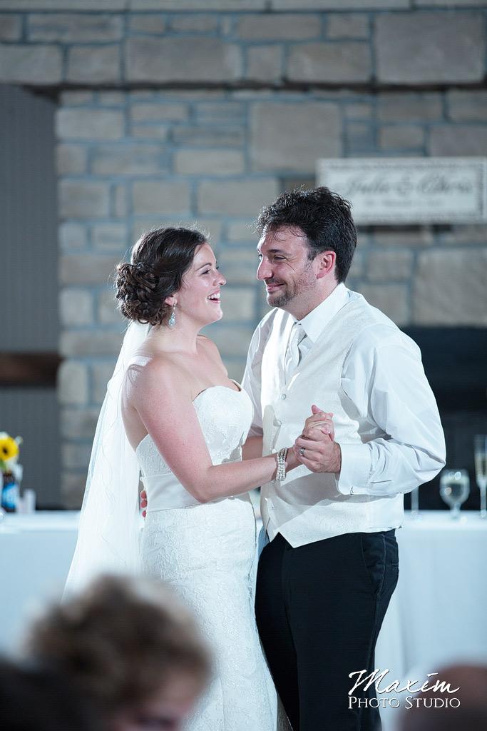 Muhlhauser Barn West Chester Wedding First Dance