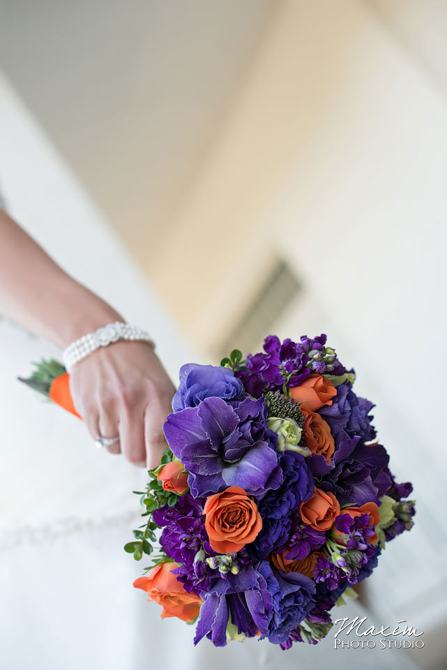 Pebble creek golf club wedding, Bride flowers