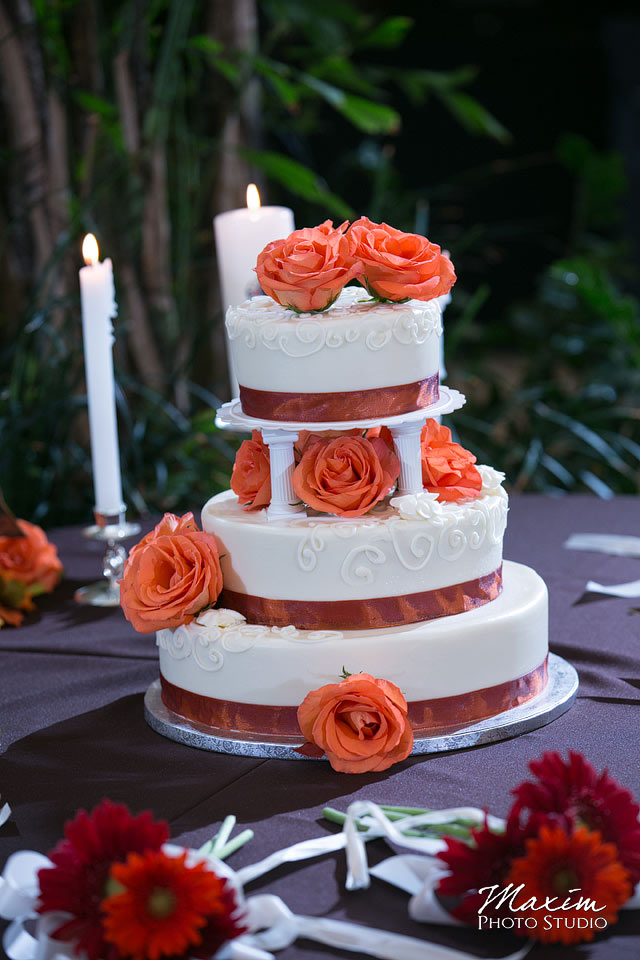 Anderson Center Cincinnati Wedding Cake