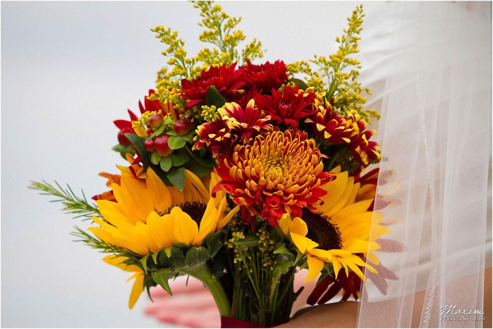 Alms Park Wedding, Cincinnati Parks, Bridesmaids, Gone to Pot Flowers