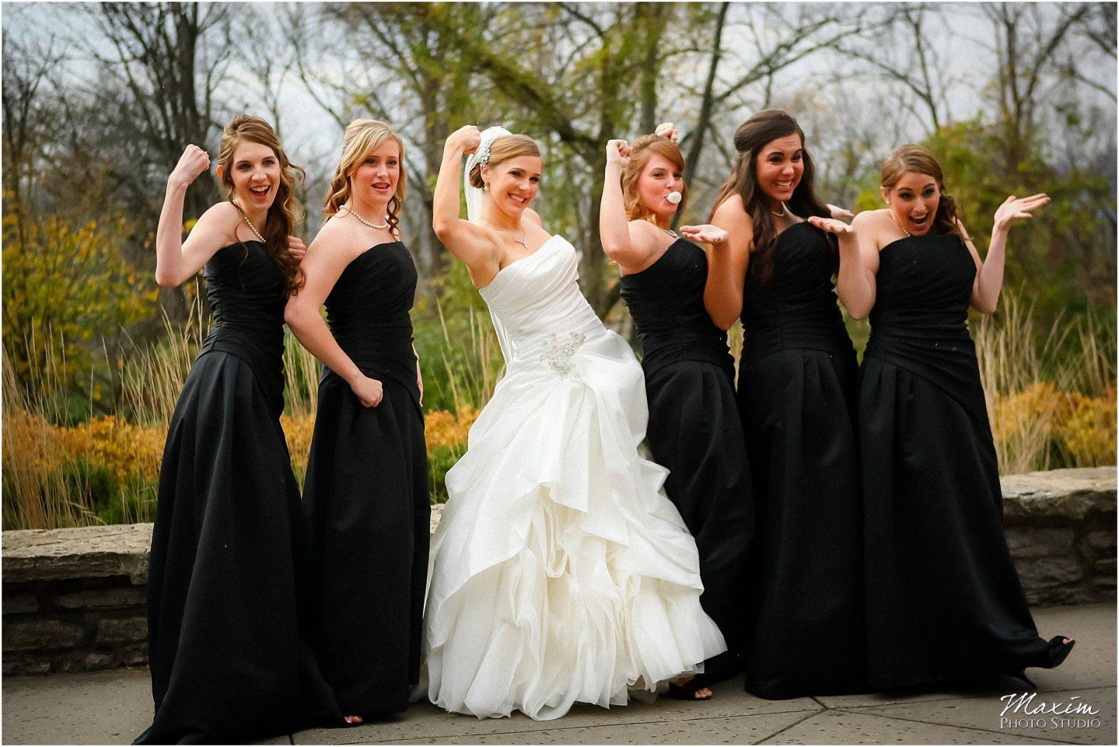 Alms Park Wedding, Cincinnati Parks, Bridesmaids