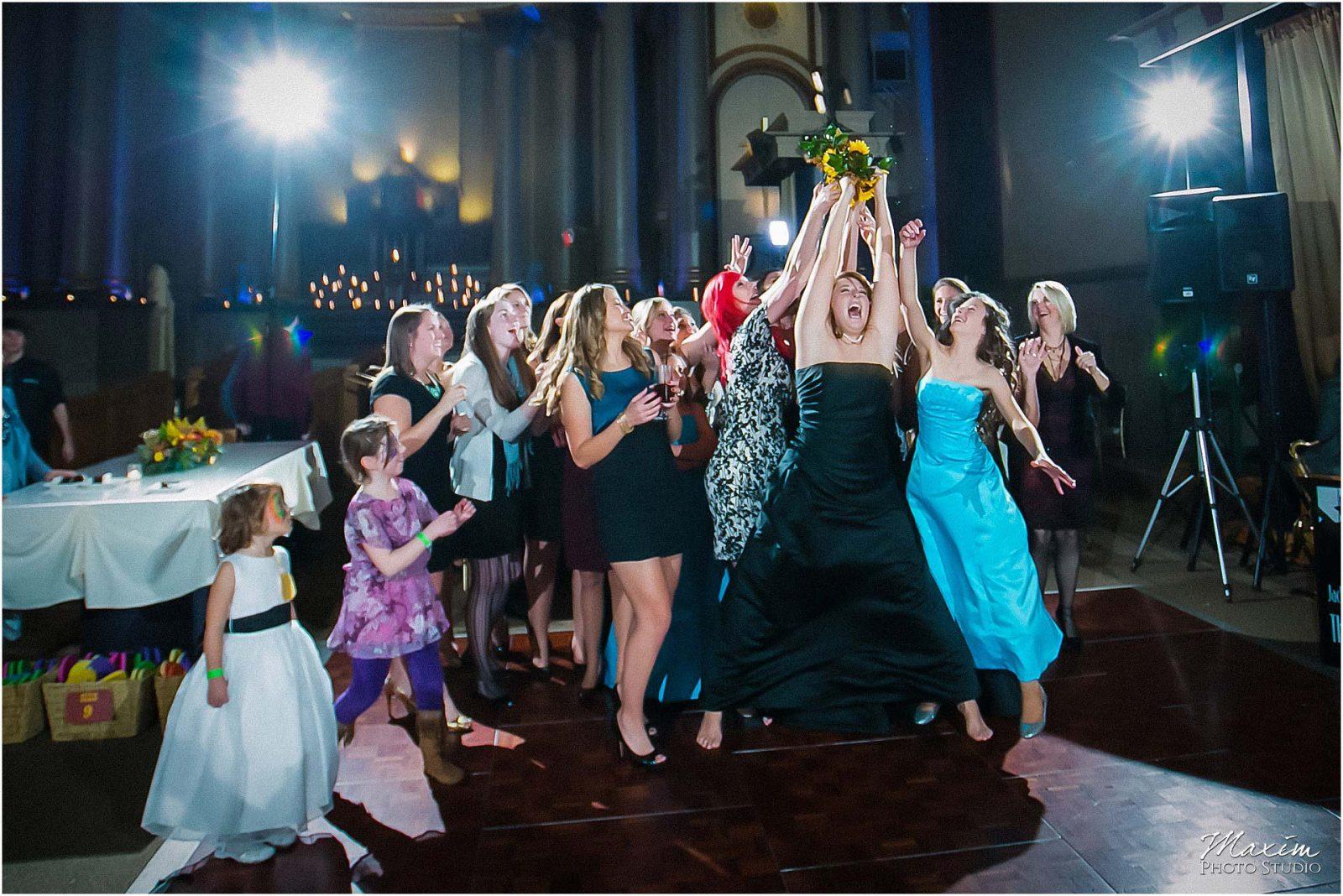 The Bell Event Centre, Wedding Reception, Bouquet Toss