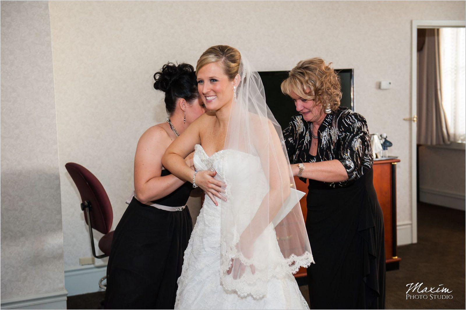 Hilton Netherland Plaza Wedding Preparations