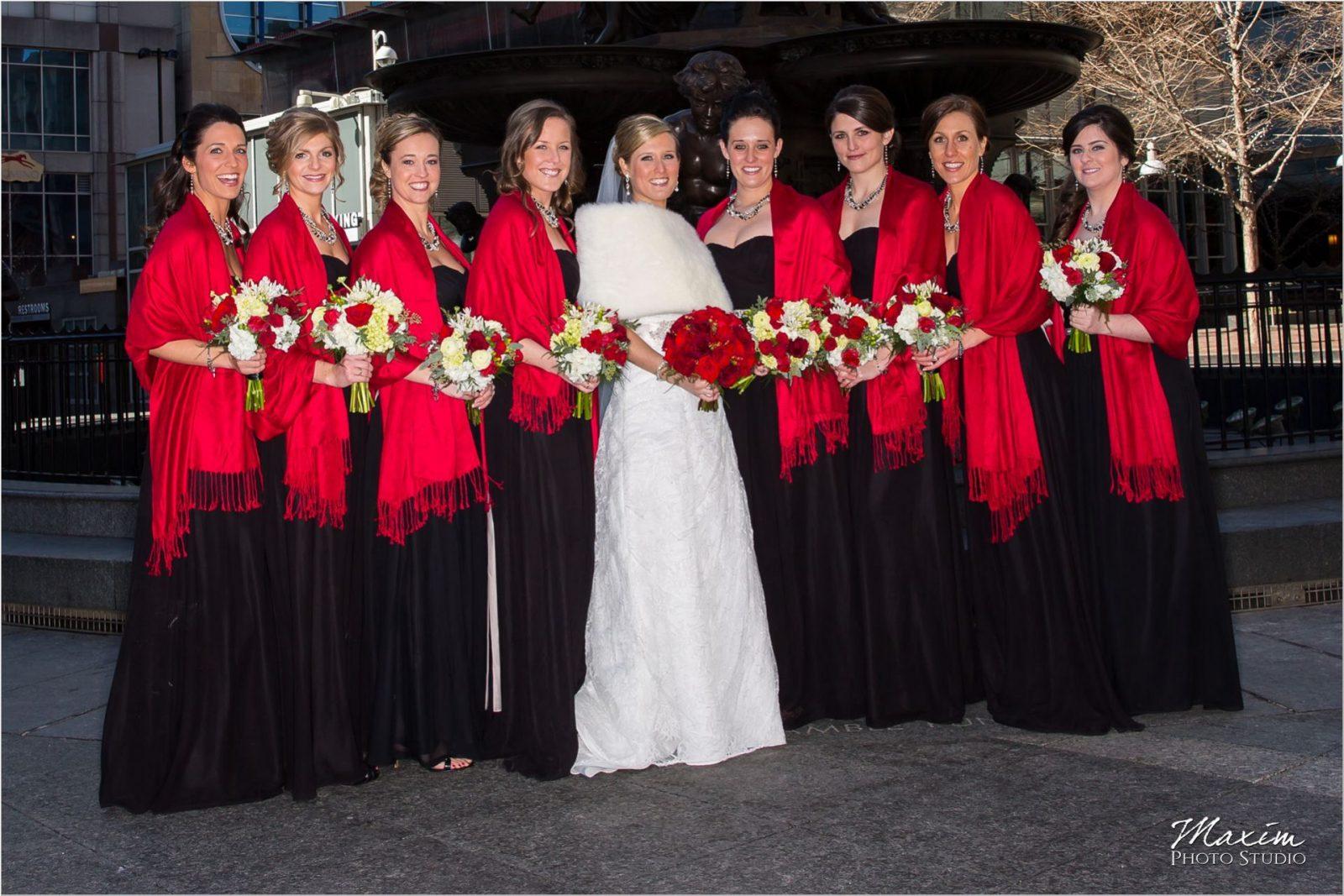 Fountain Square Cincinnati Wedding Bridal Portraits