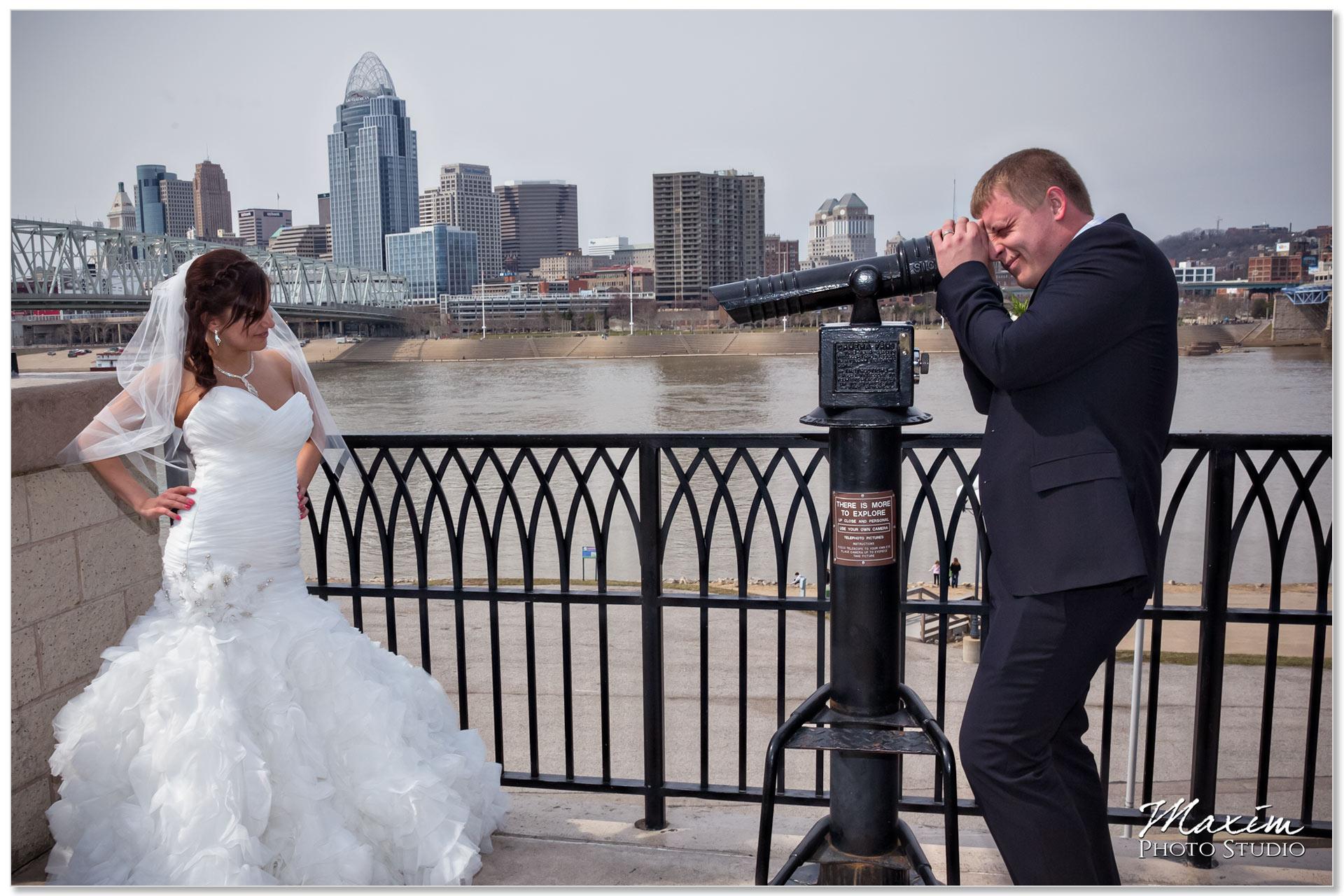 Newport on the Levee bride groom Cincinnati skyline