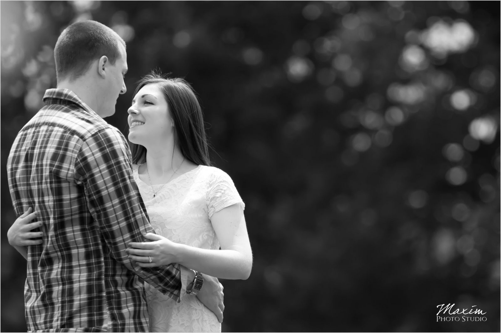 Cox Arboretum Dayton Ohio engagement Black and white