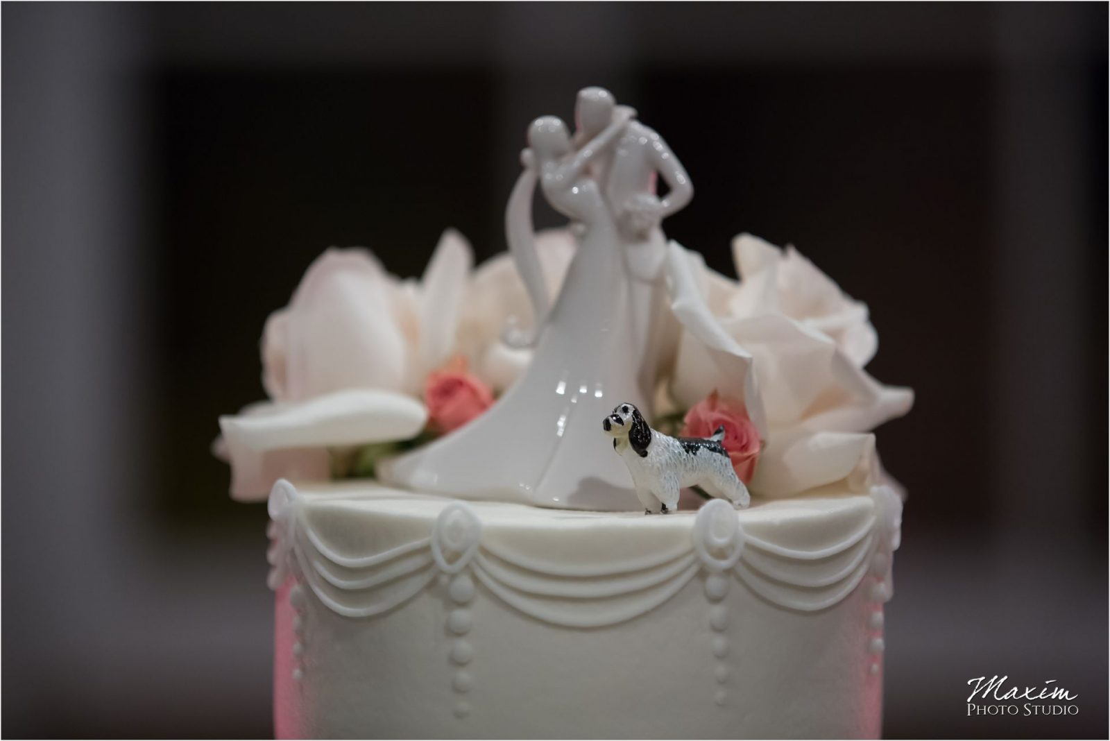 Longworth Hall Cincinnati Wedding Cake topper