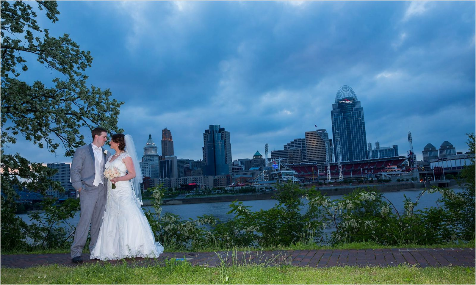 Cincinnati Skyline Wedding Bridge Groom Longworth Hall Reception