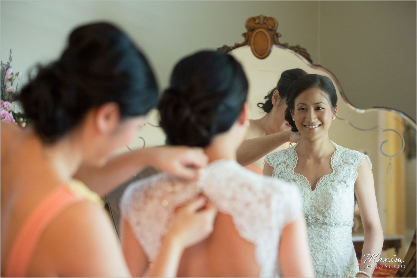 Cincinnati Club Wedding Bride preparations