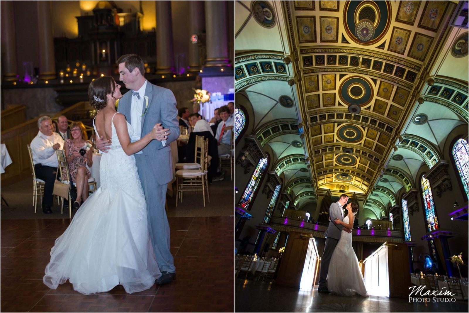 Bell Event Centre Cincinnati Wedding Reception first dance