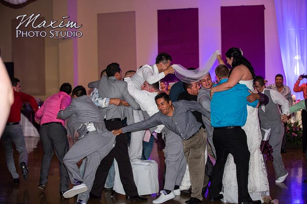 A-learning-place-piqua-mexican-wedding-13