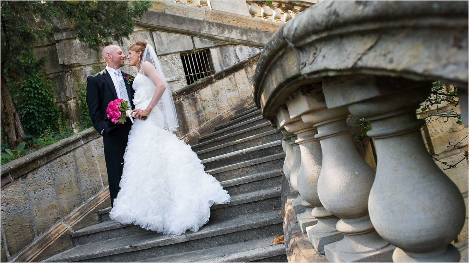 Dayton Art Insute Wedding Photographers Tina Chris