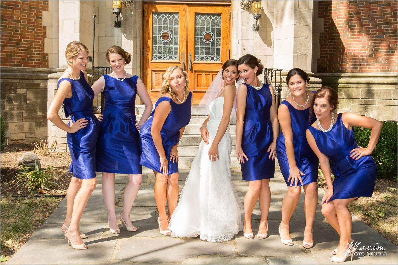 Cooper Creek Wedding Bridal party pictures bridesmaids