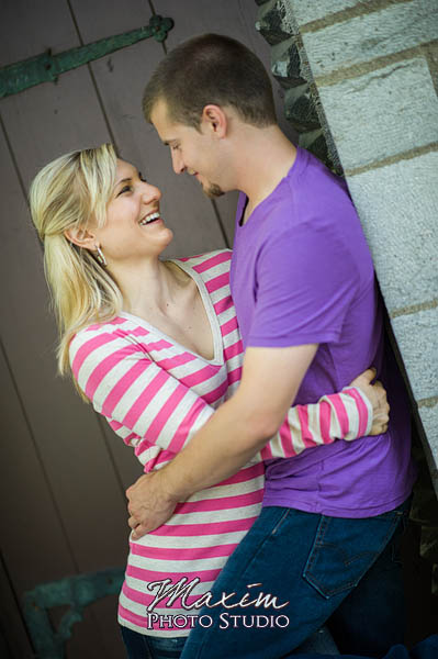 concourse-marriemont-cincinnati-engagement-photography-allyson-08