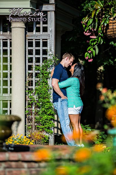 dayton-wedding-photographer-wegerzyn-gardens-dayton-ohio-engagement-004