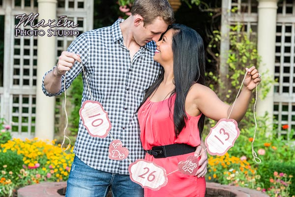 dayton-wedding-photographer-wegerzyn-gardens-dayton-ohio-engagement-006