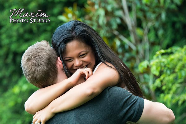 dayton-wedding-photographer-wegerzyn-gardens-dayton-ohio-engagement-010