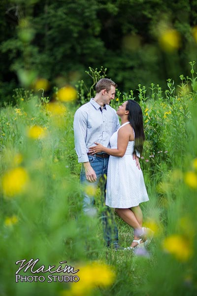 dayton-wedding-photographer-wegerzyn-gardens-dayton-ohio-engagement-015