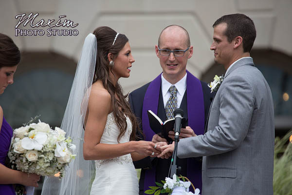 kehoe-center-columbus-wedding-photographs-allie-10