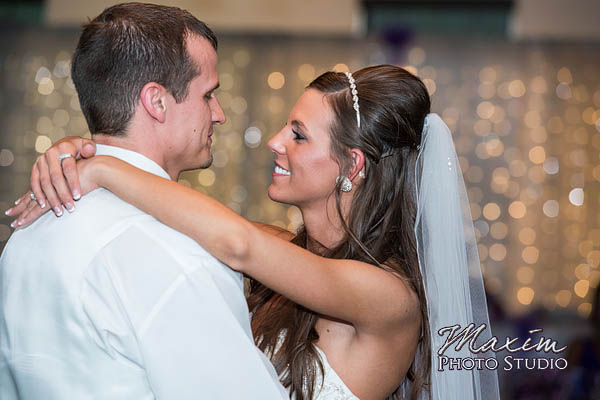kehoe-center-columbus-wedding-photographs-allie-26