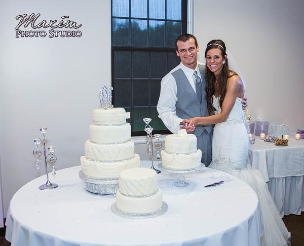 kehoe-center-columbus-wedding-photographs-allie-27