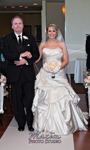 scioto-reserve-country-club-columbus-wedding-photographs-lindsey-005