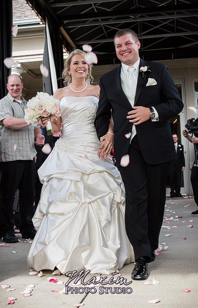 scioto-reserve-country-club-columbus-wedding-photographs-lindsey-007