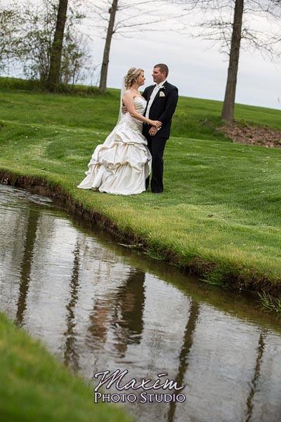 scioto-reserve-country-club-columbus-wedding-photographs-lindsey-012
