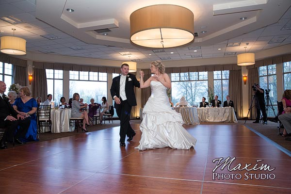 scioto-reserve-country-club-columbus-wedding-photographs-lindsey-014