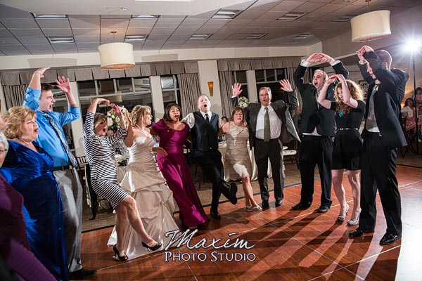 scioto-reserve-country-club-columbus-wedding-photographs-lindsey-020