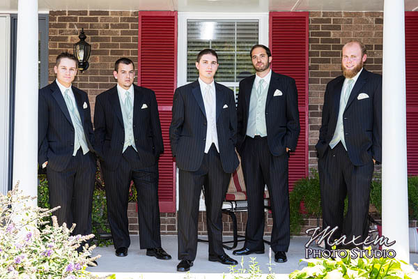 spring-grove-st-catharine-of-siena-wedding-photographers-kc-nick-05