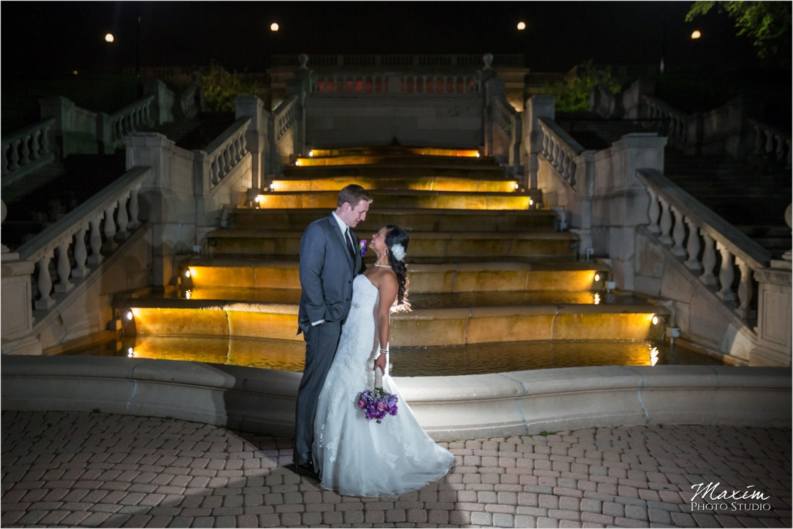 Ault Park Fountain Cincinnati Wedding Reception Bride Groom