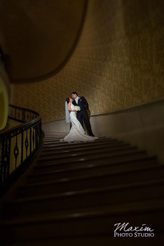 Cincinnati Club Wedding Off Camera Flash