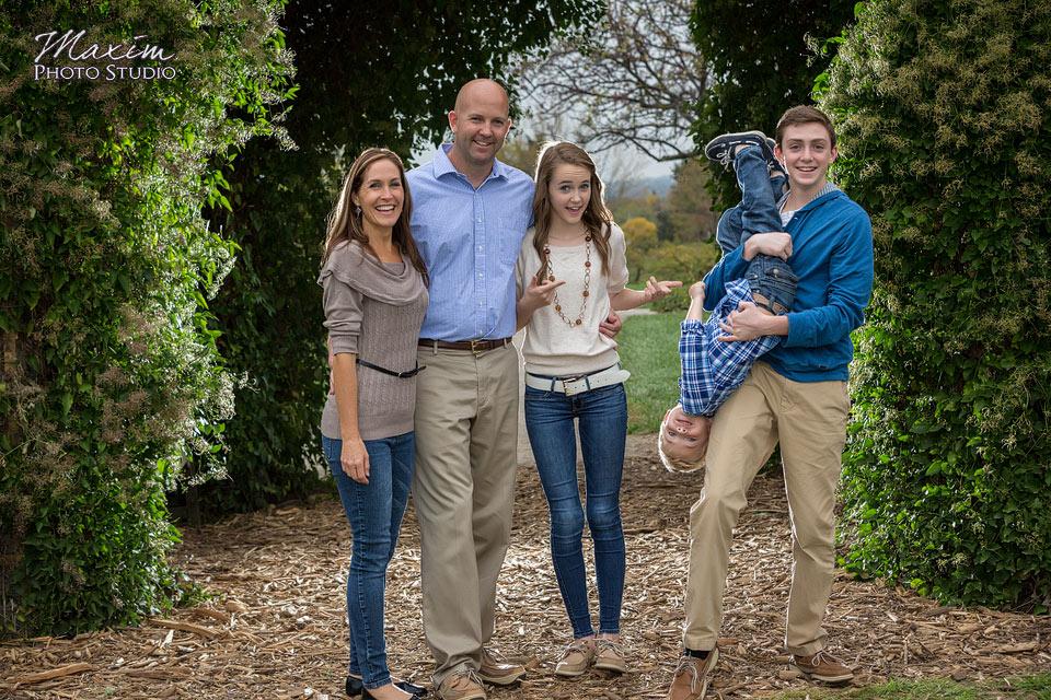 Cox Arboretum Dayton Ohio Family Portraits
