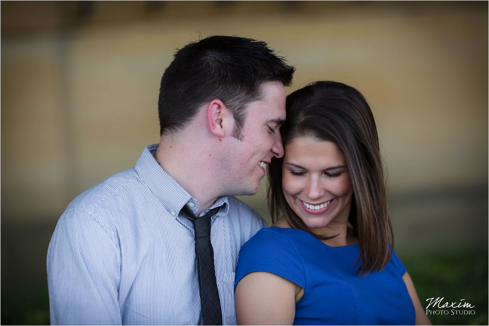 Dayton Art Institute Engagement Photography