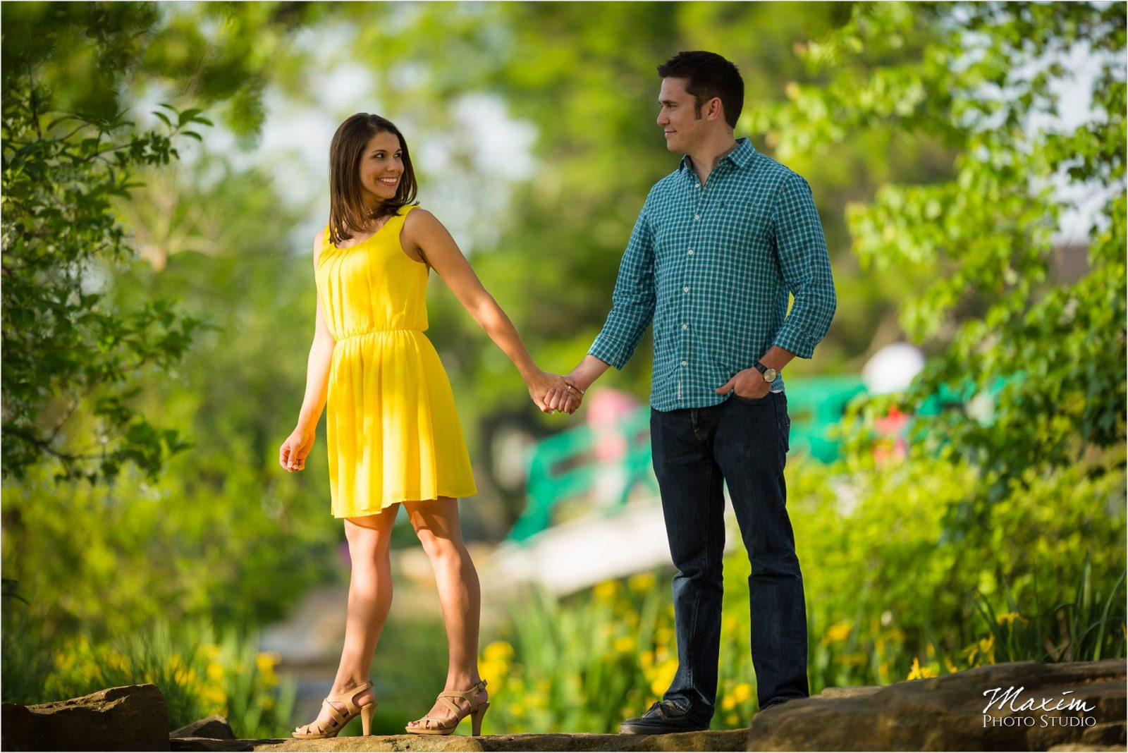 Cox Arboretum Dayton Ohio Engagement yellow dress