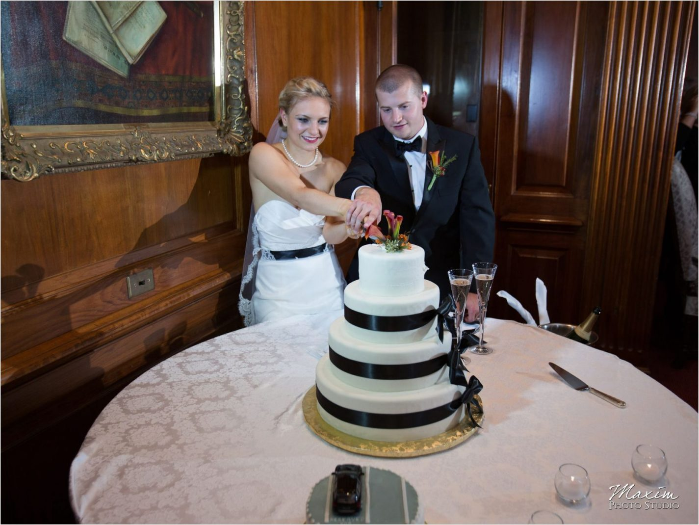 Queen City Cincinnati Wedding cake