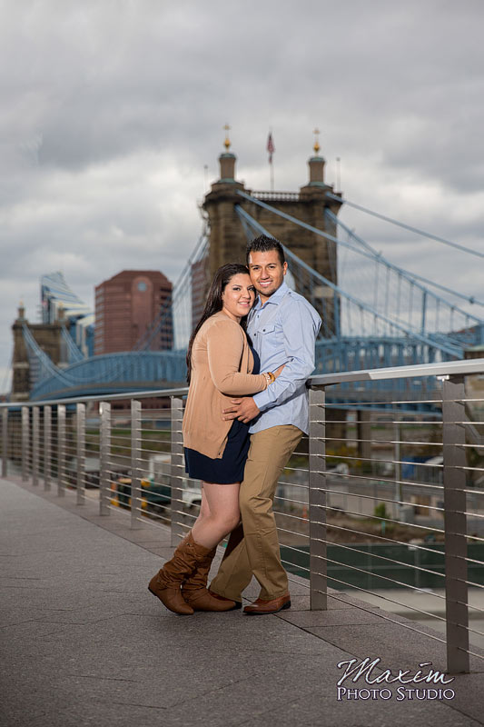 Smale Riverfront Park Cincinnati Engagement