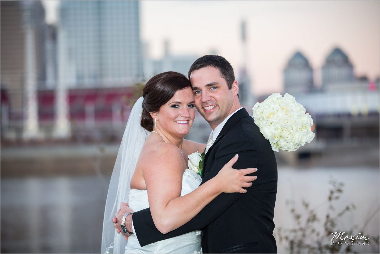 Hyatt Cincinnati Wedding Bride Groom