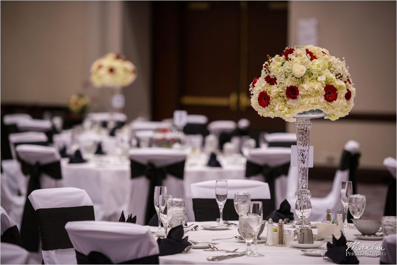 Hyatt Cincinnati Wedding Reception Details