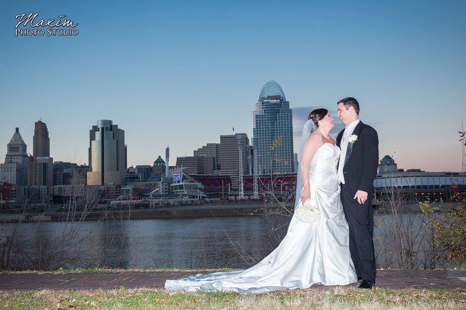 Cincinnati skyline wedding portraits