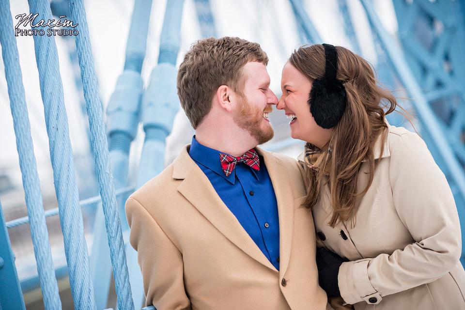 roebling-bridge-cincinnati-engagement-01