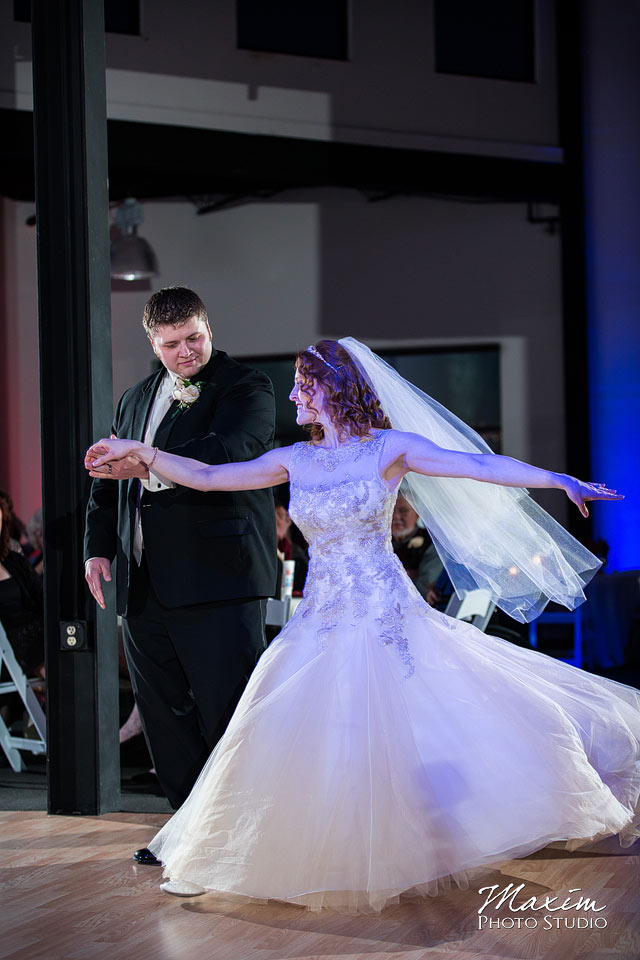 dayton-wedding-photographer-masonic-temple-43