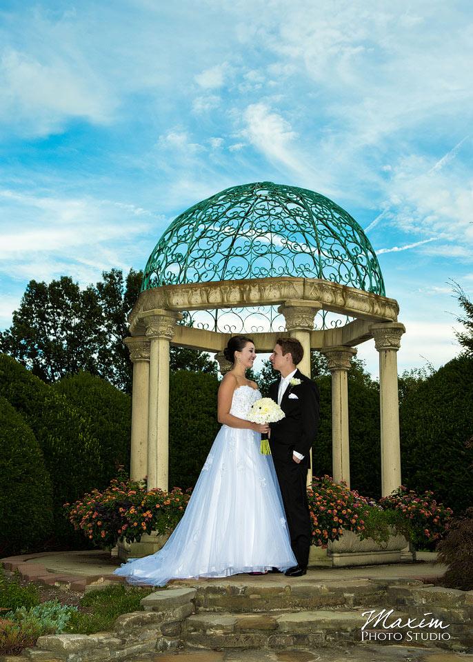 Wedding dress stores cincinnati ohio for Wedding dress shops in ohio