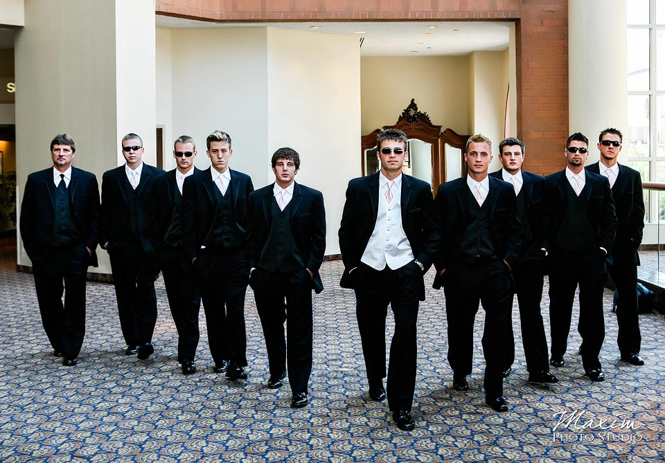 Cincinnati wedding Groomsmen at Hyatt Regency